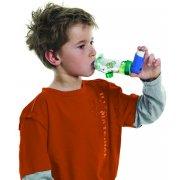 Aerochamber Plus με επιστόμιο boyz, κατάλληλο για χρήση σε αγόρια ηλικίας 5+.