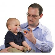 Aerochamber Plus βρεφικό με μάσκα, κατάλληλο για χρήση σε βρέφη από 0 - 18 μηνών.
