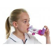 Aerochamber Plus με επιστόμιο girlz, κατάλληλο για χρήση σε κοριτσια ηλικίας 5+.